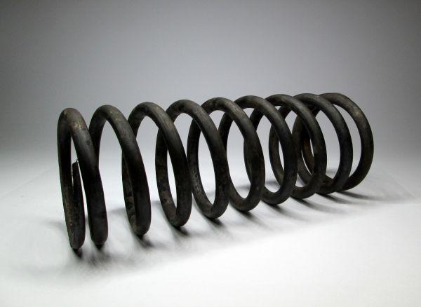 Цилиндрическая пружина с8х72х187-10.22,5